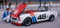 group7_Datsun_2000_scca_68